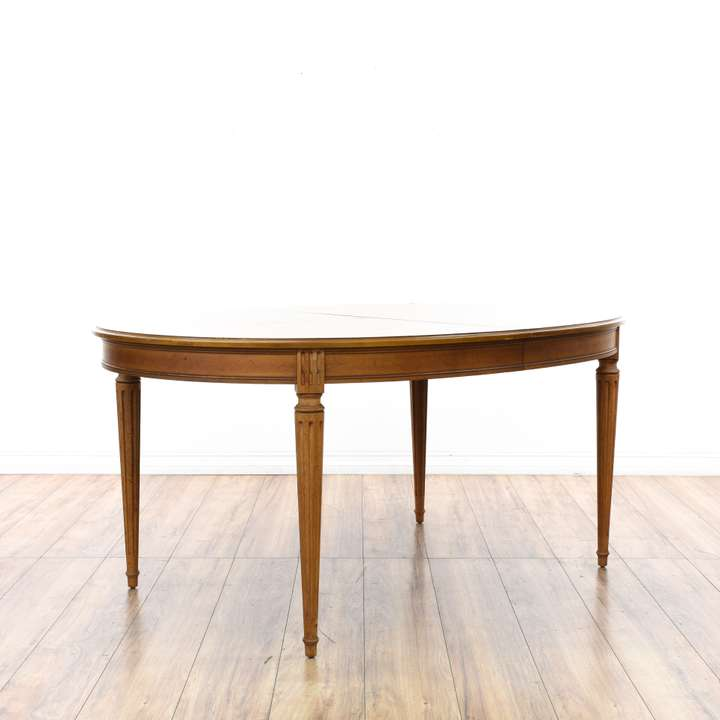 Round carved oak pedestal dining table loveseat vintage for Round dining table w leaf