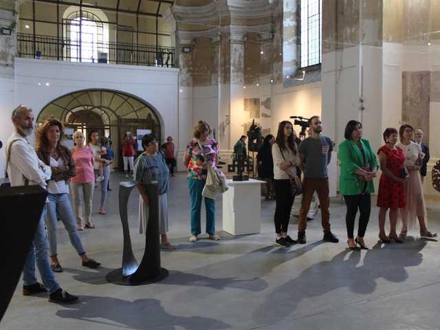 HÍRNÉV A FÉMNEK - acélszobrászati kiállítás, Komárno