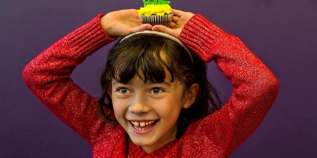 Dpkh Cupcake Girl