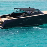 VanDutch 40, Powerboat