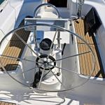 Vektor 361, Sailboat