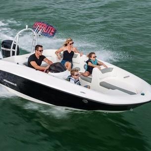 Bayliner 160, Powerboat