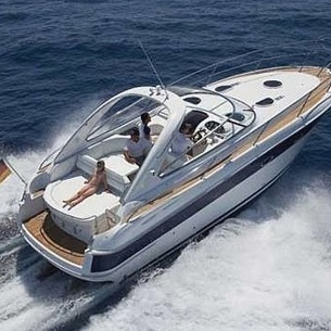 Bavaria 330 sport, Powerboat