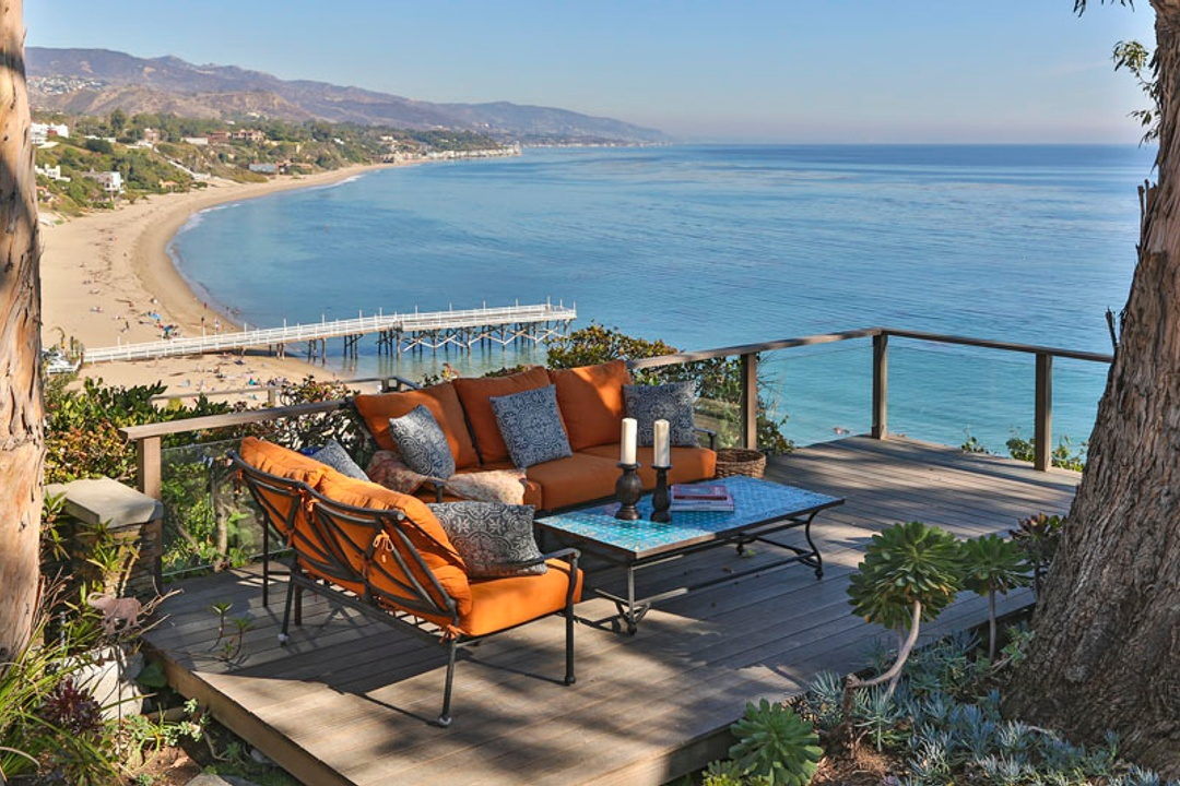 Paul Woodman Sells Record Price Mobile Home In Paradise Cove