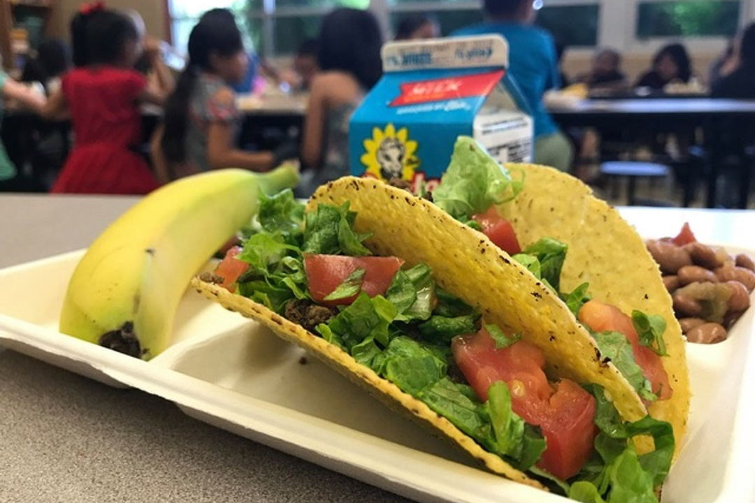 AISD TO PROVIDE FREE BREAKFAST AND LUNCH TO ALL STUDENTS AT 82 SCHOOLS