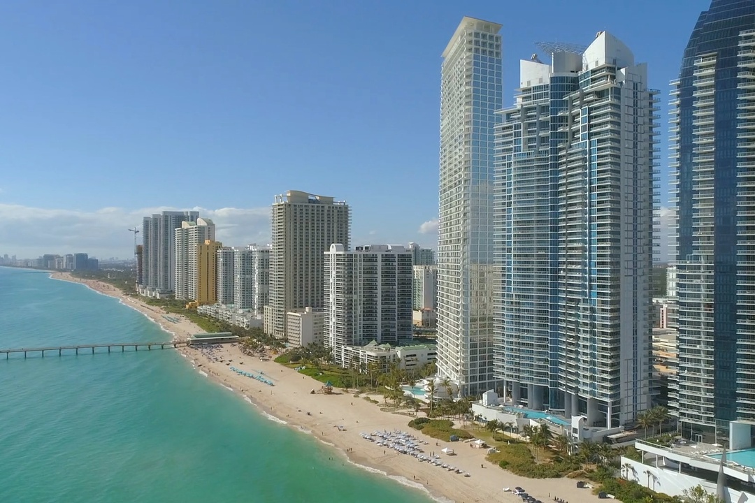 Sunny Isles Real Estate: The Basics of Buying, Selling, & Market Trends in Sunny Isles