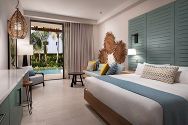 LOPESAN COSTA BAVARO RESORT, SPA & CASINO - Swim up rooms