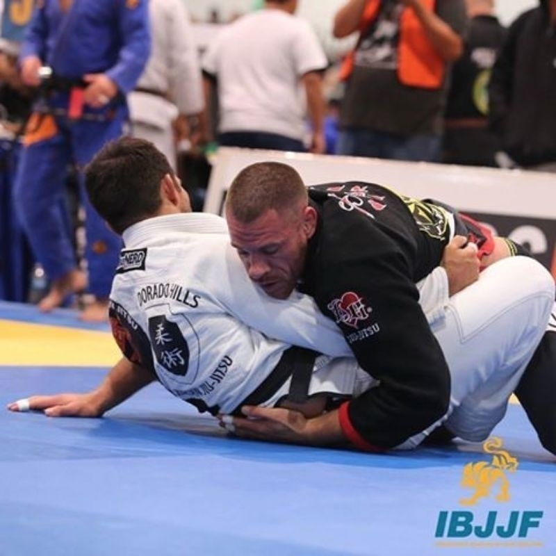 Rafael Lovato Jr. is the master 1 superheavy champion after choking Eliot Kelly from the mount in the final.