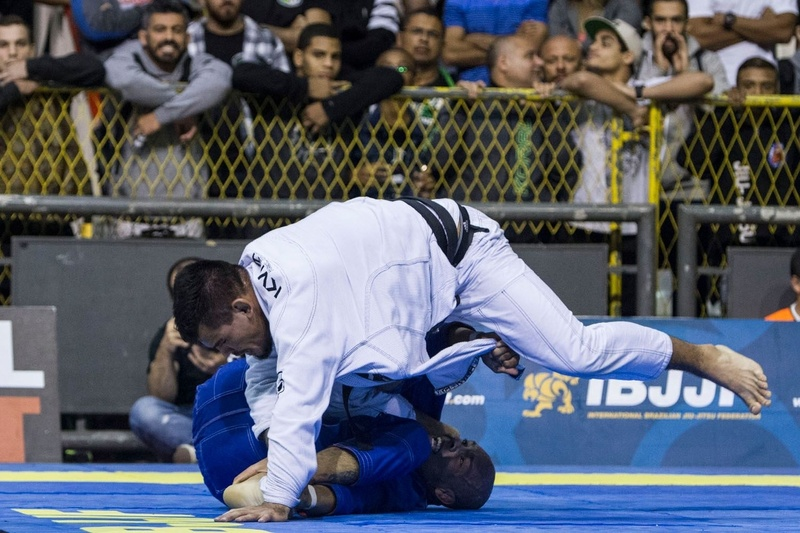 At heavyweight final, Fernando Reis (Alliance) beat Vitor Toledo (Atos JJ) by judges' decision