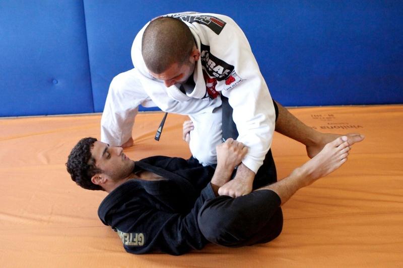 Brazilian Jiu-Jitsu: Passe a guarda toreando e domine o adversário com Rodolfo Vieira