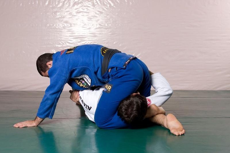 Brazilian Jiu-Jitsu: ataque duplo partindo do cem quilos