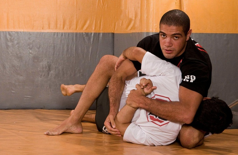 BJJ technique: Thales Leites and his submission starting from the butterfly guard