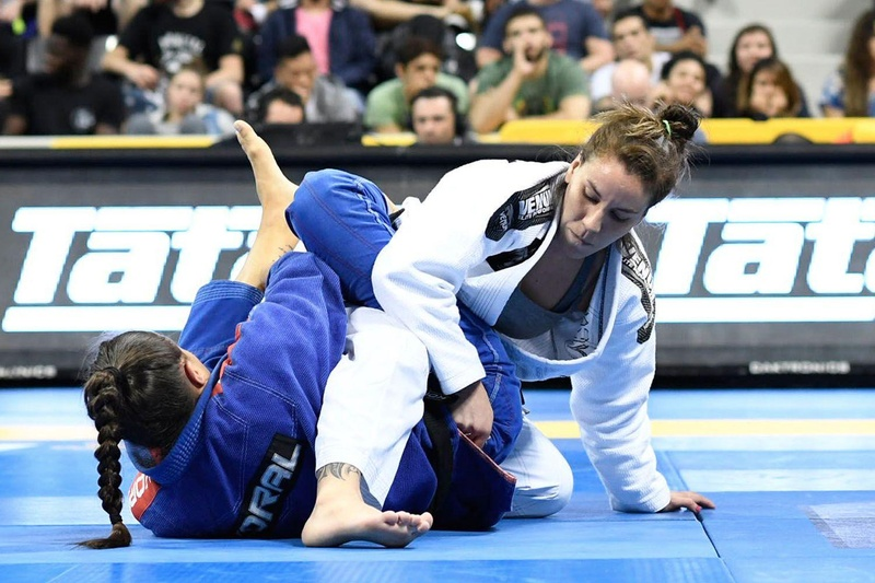BJJ Worlds 2016: Monique Elias vs. Luiza Monteiro
