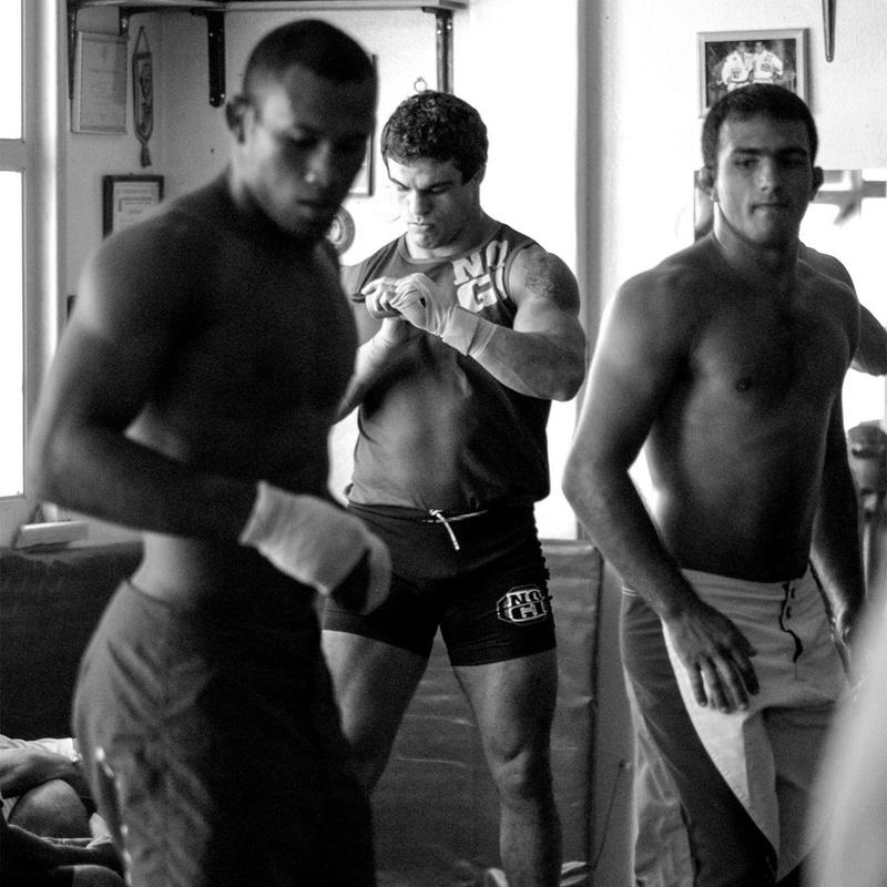 Lutadores de Jiu-Jitsu Vitor Belfort e Ronaldo Jacaré já treinaram juntos