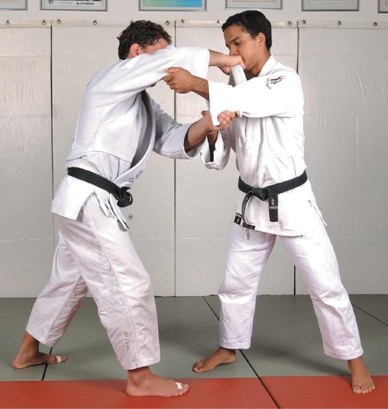 Medalhista olímpico, Flavio Canto ensina o Kata-Otoshi