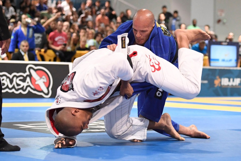 IBJJF Pro League 2016: Mahamed Aly Santos da Silva (Team Lloyd Irvin)  vs Xande Ribeiro (Ribeiro Jiu-Jitsu)