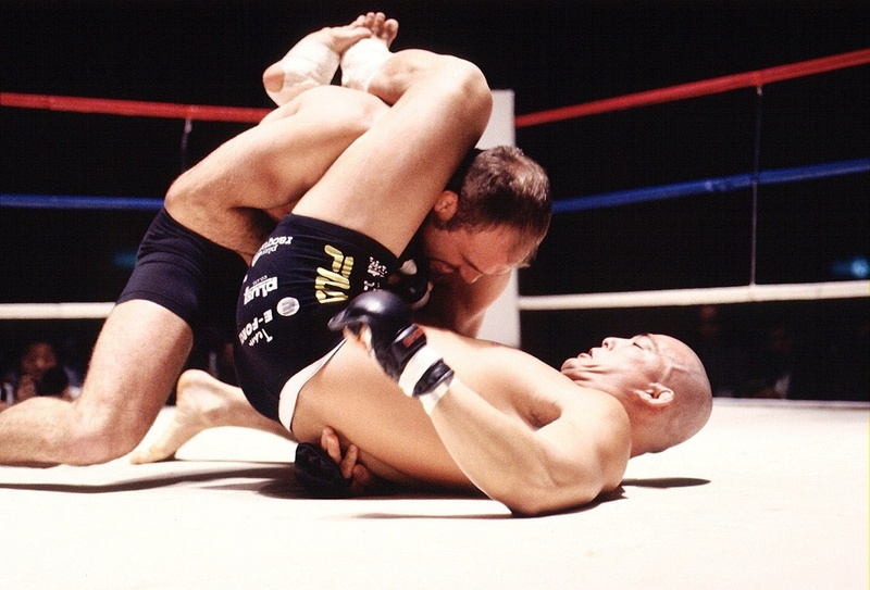 BJJ History: In 1998, represented by André Pederneiras, Jean Jacques Machado and João Roque, BJJ ruled Japan