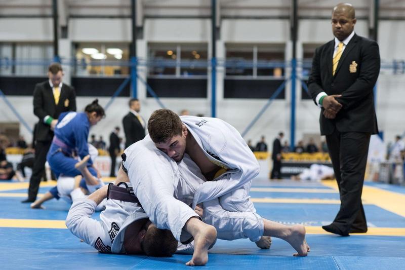 Vinicius Gazola is the 2016 Brazilian Jiu-Jitsu Purple Belt Heavy Champion