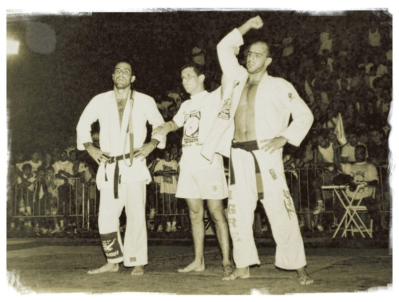 "Sergio Souza ""Bolão"", Carlson Gracie team, besides fight helps working as a referee"