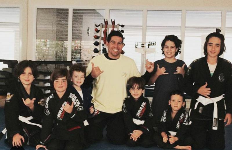 Equipe Game Fight.... Mestre Vinicius Amaral, Léo Lima(macaco Branco) Darwin Falcão  E Artur Buenaga.  GF Barra, Gftijuca ,GFcaxias.