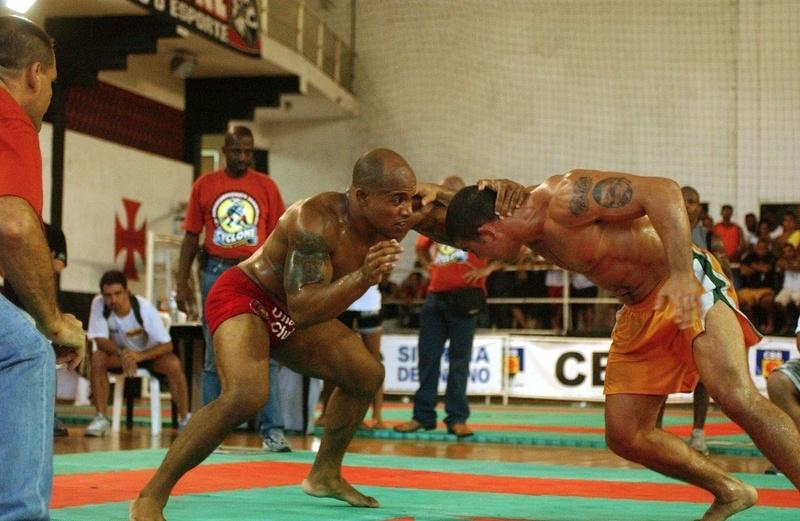 Alexandre Cacareco(red short) vs Paulo Filho(yellow short)