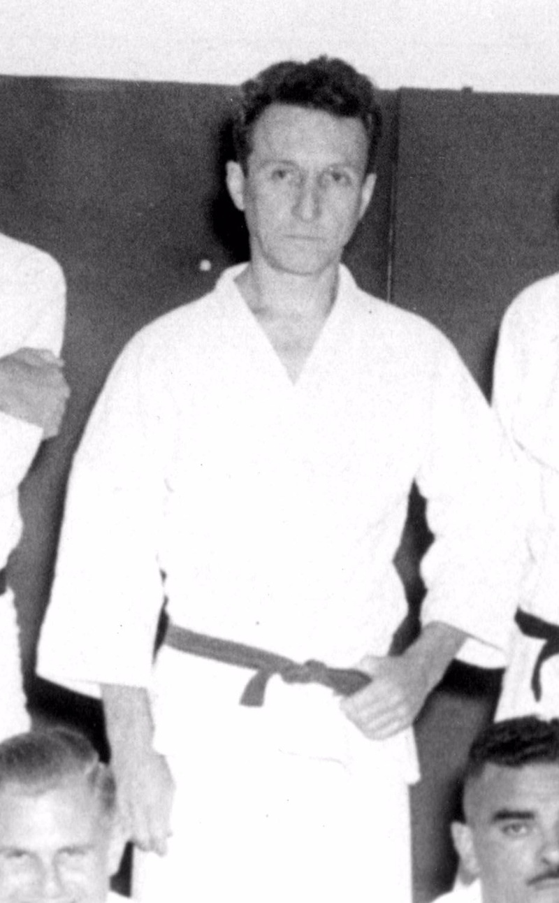 Historic! Images of Grandmaster Carlos Gracie
