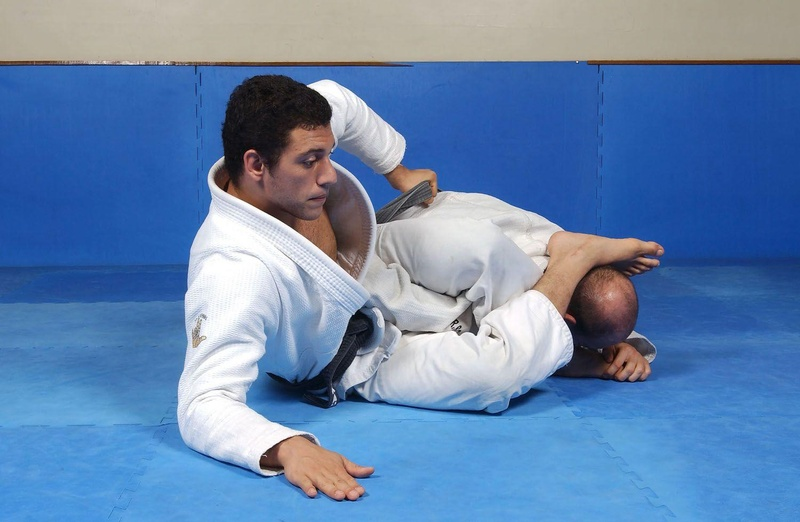 "BJJ techniques: Nino ""Elvis"" Schembri teaches a variation of the omoplata"