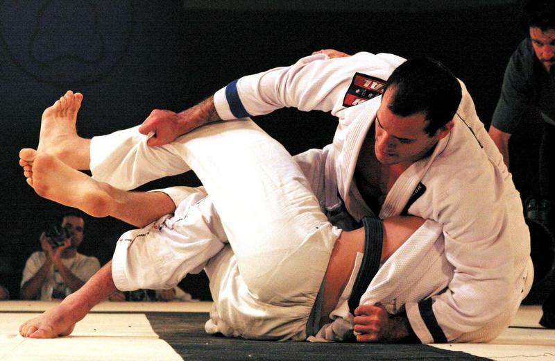 Xande Ribeiro bateu Givanildo Santana e Robert Drysdale para ficar com o título até 99kg