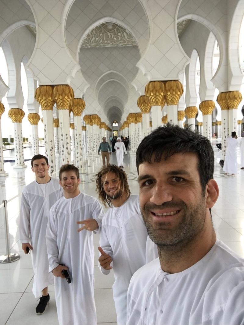 Abu Dhabi/Dubai