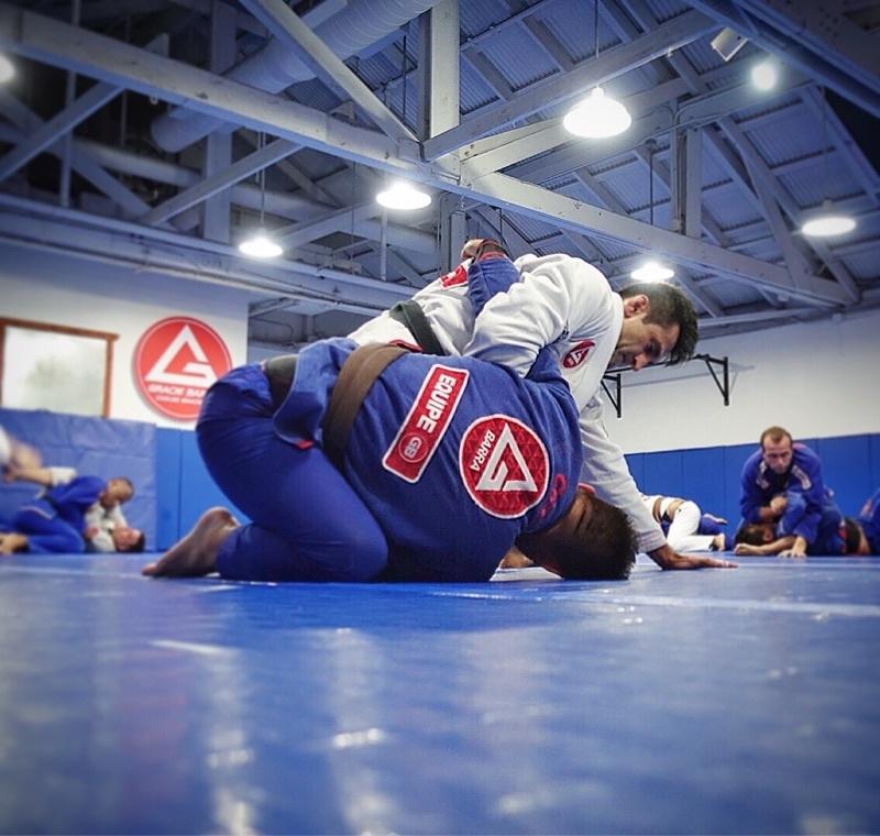 Jiu-Jitsu Training #GracieBarra