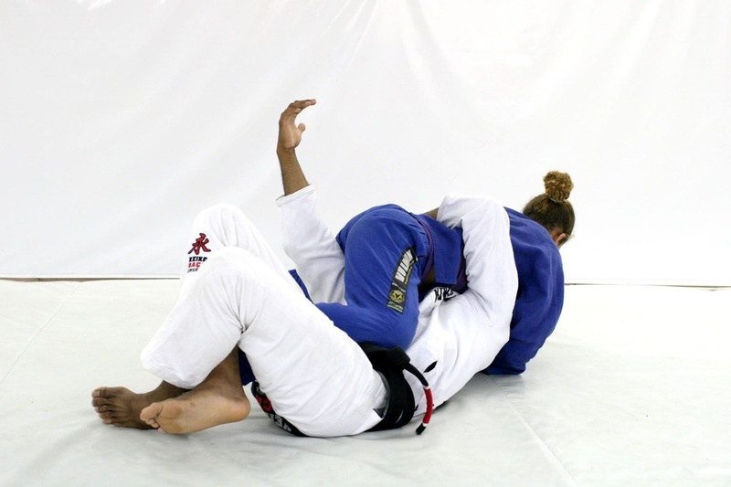 Brazilian Jiu-Jitsu lesson: 