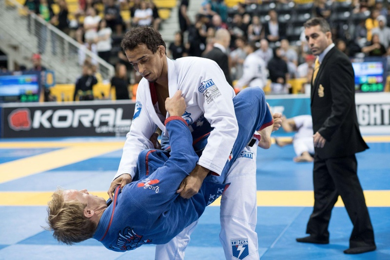 BJJ Worlds 2016: Romulo Barral launches the black belt absolute class