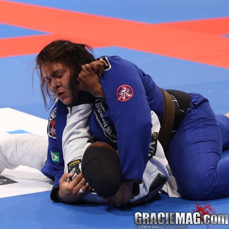 Galleries from Abu Dhabi: Female Adult Open Class final defined. Lo loses