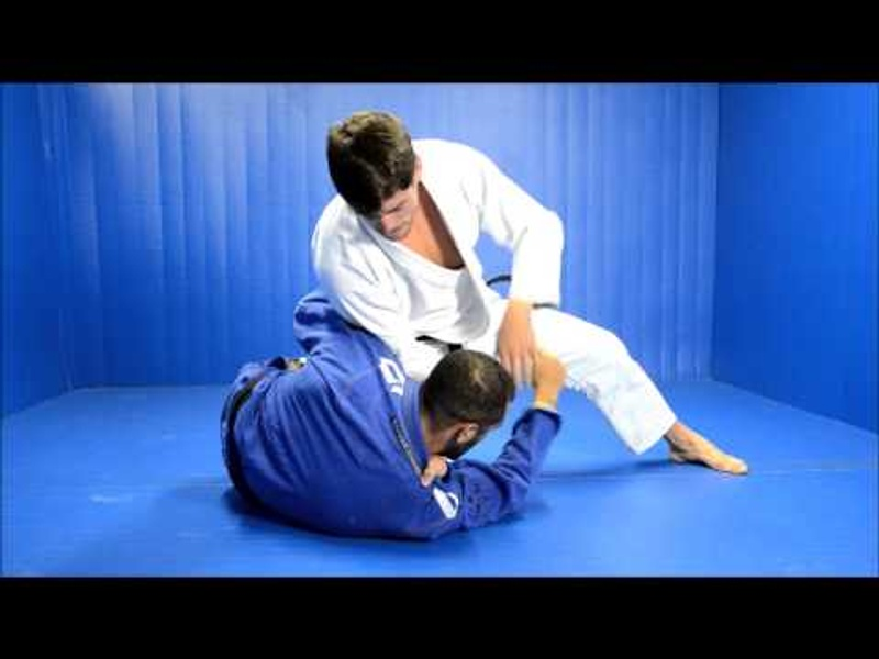 "Brazilian Jiu-Jitsu technique: Antônio ""Cara de Sapato"" teaches a choke from half-guard"