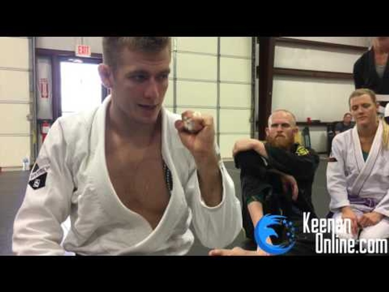 Taping your fingers for Brazilian Jiu-Jitsu
