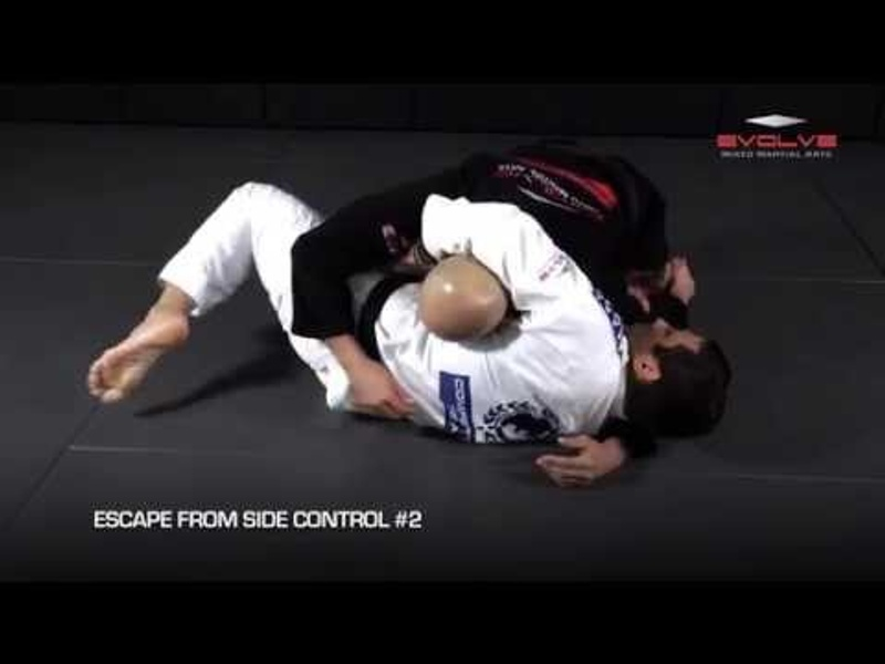 5 effective ways to escape from side control in BJJ
