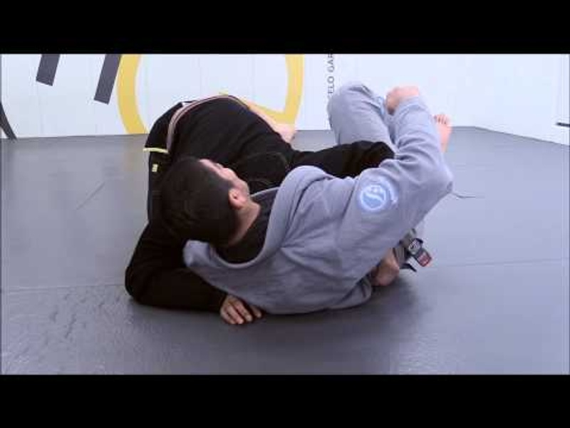 Brazilian Jiu-Jitsu lesson: Dillon Danis shows details to applying an efficient guillotine choke