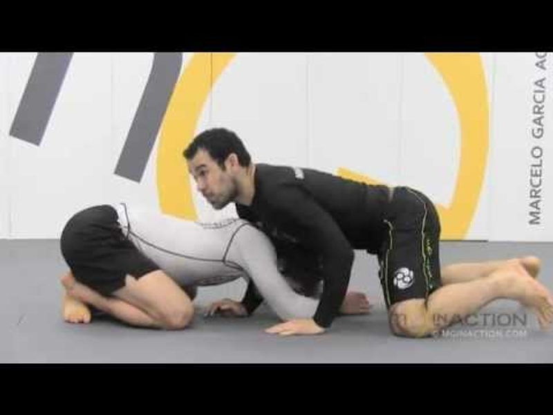 BJJ: Study the anaconda choke mechanic and learn 3 variations with Marcelo Garcia