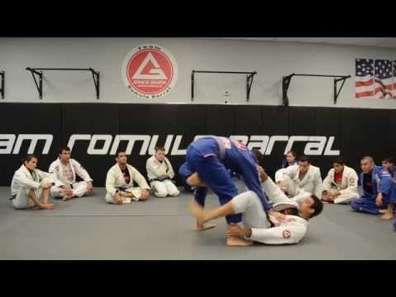 BJJ: Romulo Barral shows a transition from the de la Riva to the X-guard and teaches a sweep
