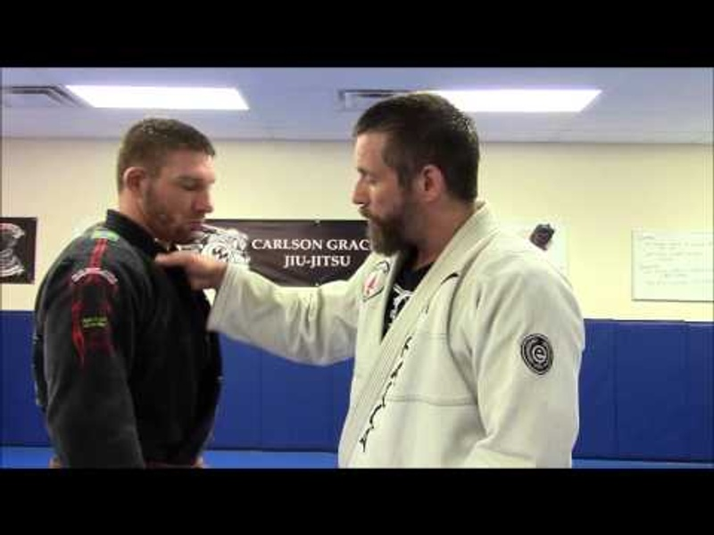 BJJ fundamentals: Learn basics grips and how to break the grips