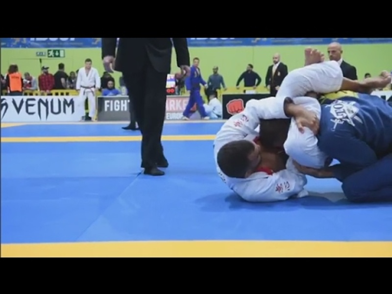 How to win via no-arm triangle choke in BJJ, with Marcio André