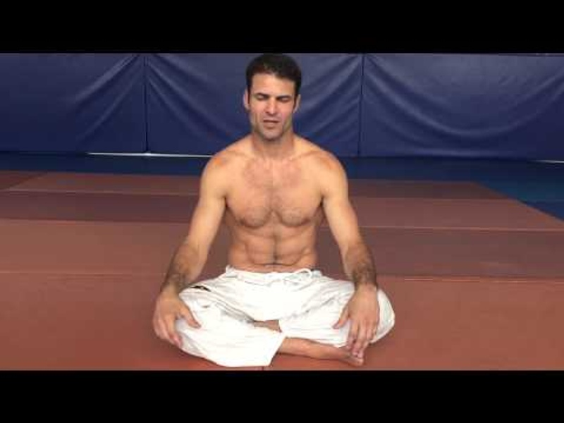 Learn how to control your breathing in BJJ