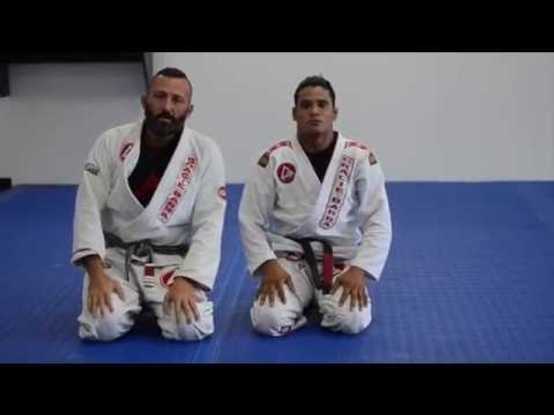 Brazilian Jiu-Jitsu lesson: De La Riva guard pass
