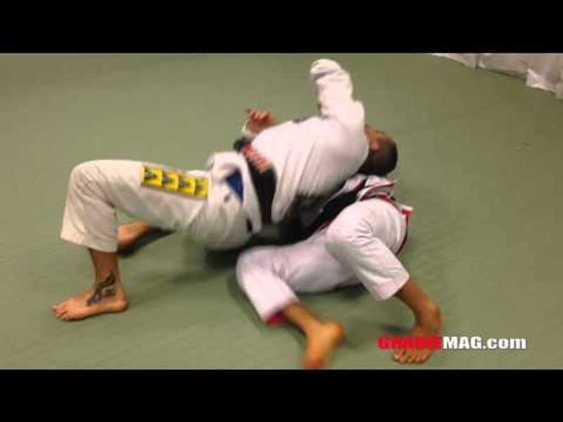 BJJ: Charles Cobrinha teaches a move for finishing on the back