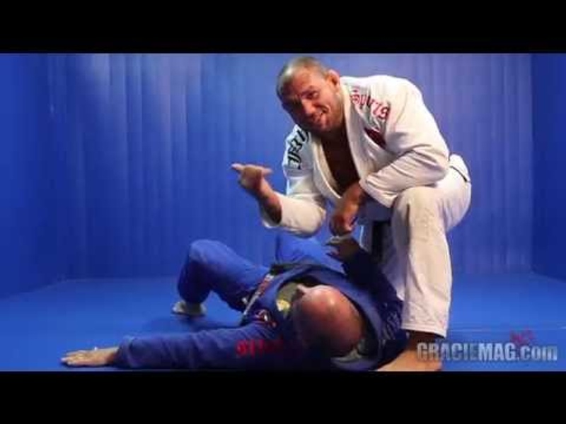 Brazilian Jiu-Jitsu lesson: acquire more pressure  with Roberto Cyborg