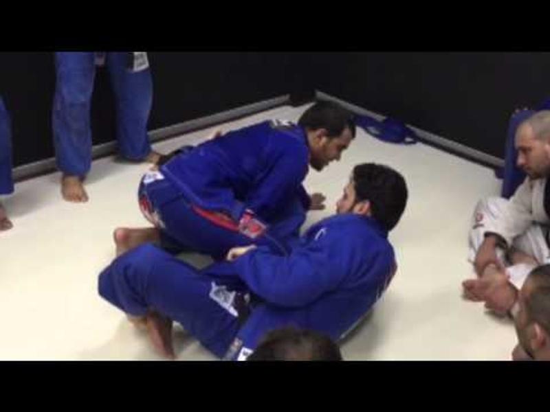 Brazilian Jiu-Jitsu: Márcio André ensina o antídoto para a guarda lapela