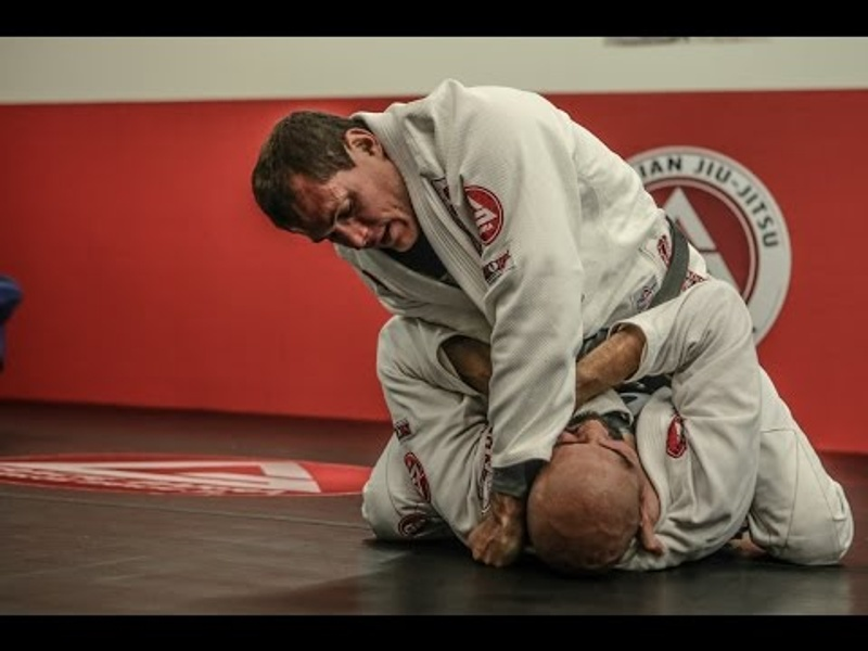 Catch a Class with Roger Gracie: The Mount
