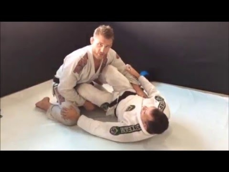 Brazilian Jiu-Jitsu lesson: Learn from Alexander Trans how to apply a leg lock from half-guard