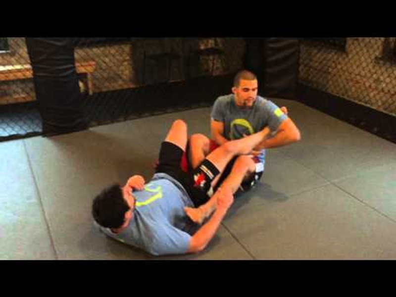 BJJ lesson: Garry Tonon discusses the concepts of, and teaches how to tighten the leg lock and guillotine