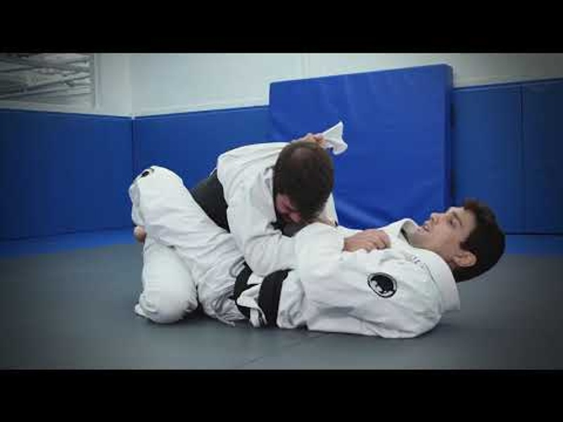 Armbar with help from the lapel